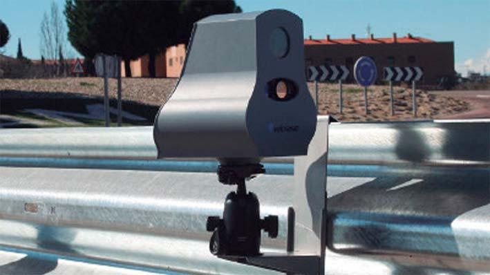 Radares Velolaser instalados en quitamiedos