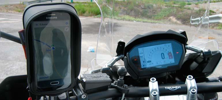 Funda y soporte Givi S957B para móvil