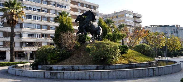 Salida dominguera a las… rotondas de Jerez de la Frontera