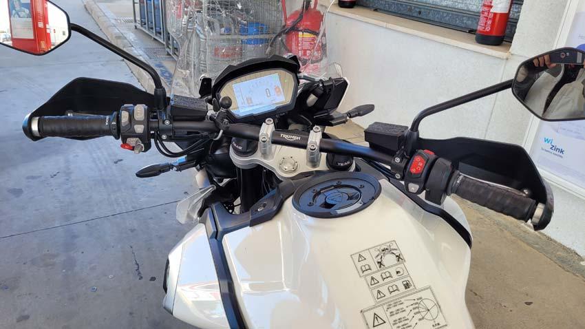 Reparación puños de la Triumph con Grip de agarre para raquetas de Padel